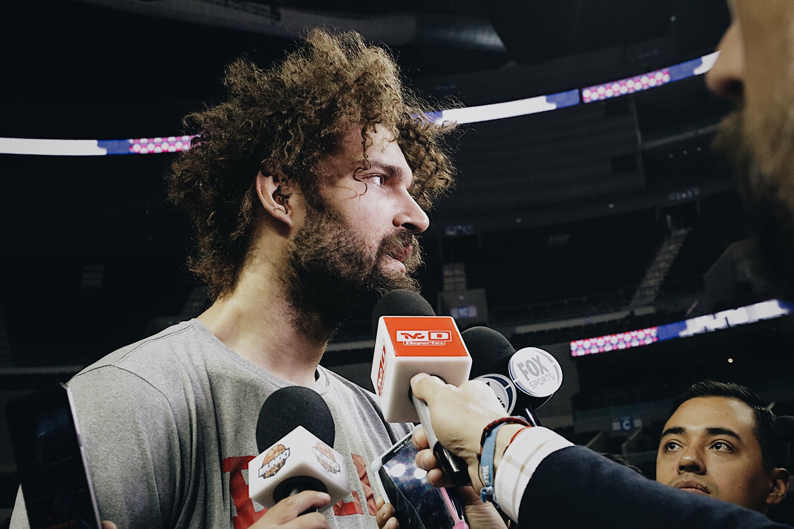 Robin Lopez speaks to reporters in Mexico City.