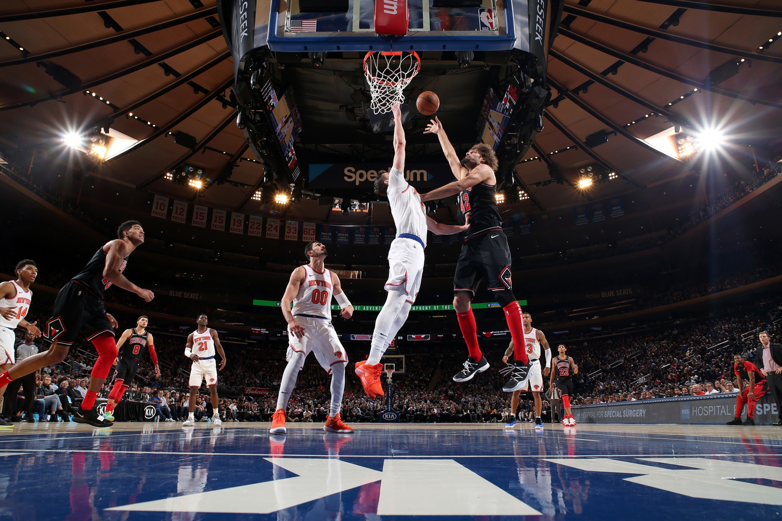Robin Lopez #42 of the Chicago Bulls goes to the basket against the New York Knicks on November 5, 2018 at Madison Square Garden in New York City, New York.
