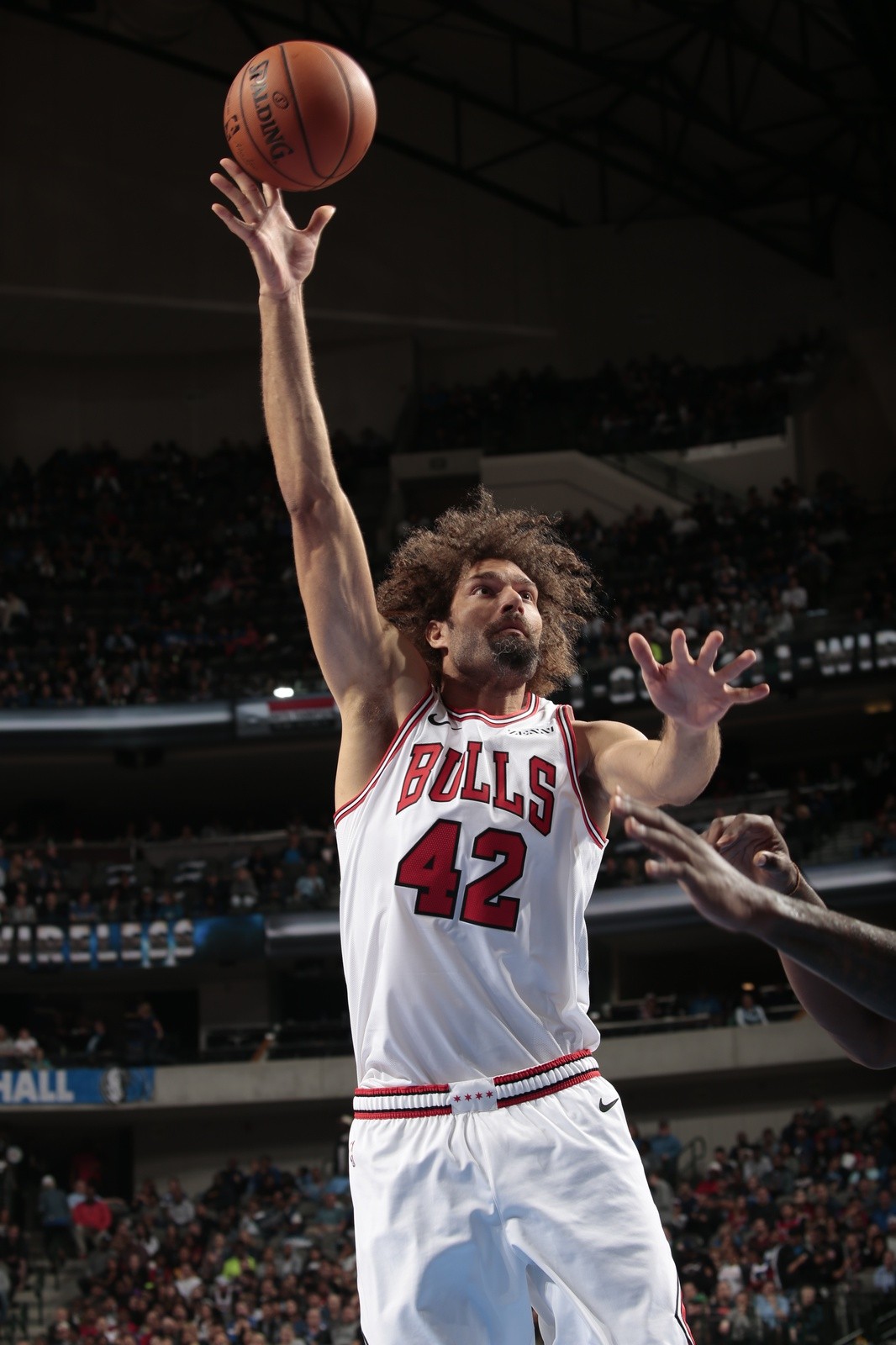 Robin Lopez #42 of the Chicago Bulls shoots the ball against the Dallas Mavericks during a game on October 22, 2018 at American Airlines Center in Dallas, Texas.