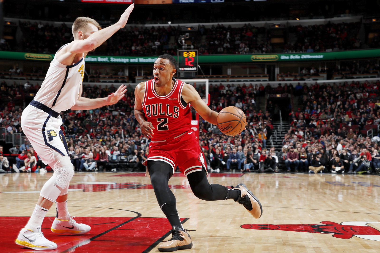 Jabari Parker #2 of the Chicago Bulls drives to the basket against the Indiana Pacers on January 4, 2019 at United Center in Chicago, Illinois.