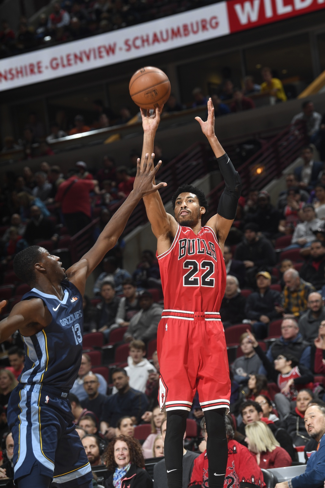 Otto Porter Jr. of the Chicago Bulls shoots the ball during a game against the Memphis Grizzlies.