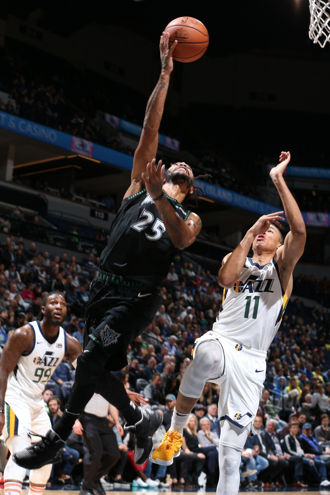 a2720dc7e023 Derrick Rose performs a layup in a game against the Utah Jazz