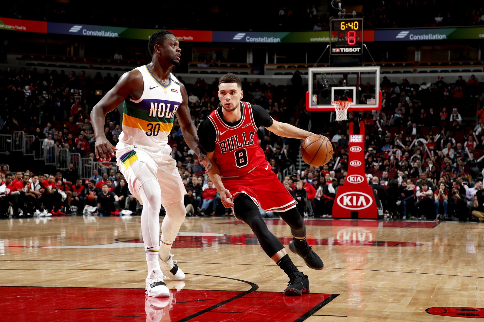 Zach LaVine #8 of the Chicago Bulls handles the ball against the New Orleans Pelicans on February 6, 2019 at United Center in Chicago, Illinois.