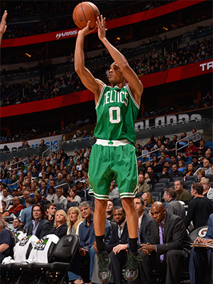 Avery Bradley takes a jumper