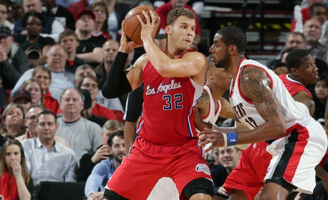 Photo of Blake Griffin posting up LaMarcus Aldridge