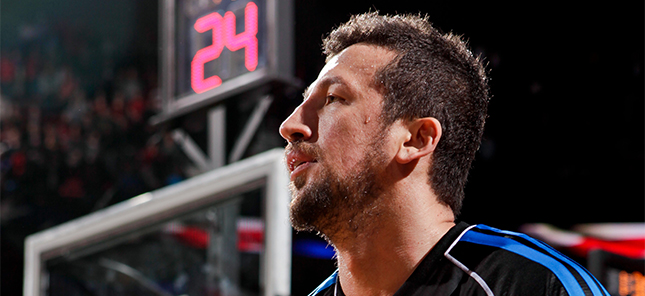 Hedo Turkoglu signs with the Clippers