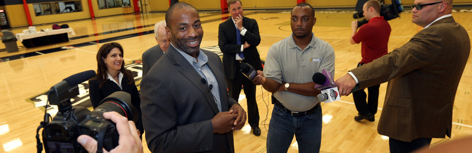 Pelicans GM Dell Demps Excited to Give Practice Facility Tour