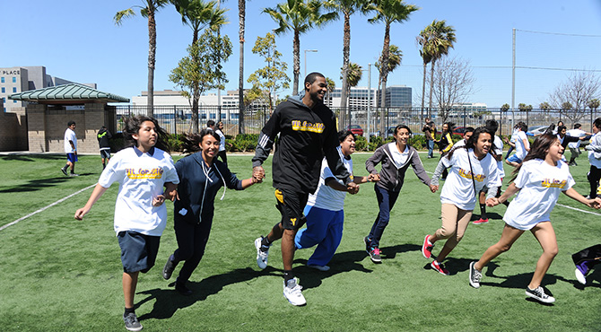 Fit For life Health Fair with Earl Clark