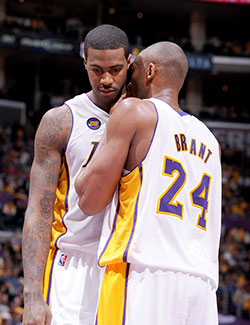 Earl Clark and Kobe Bryant discuss