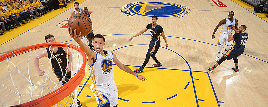 Curry Scores 34, Golden States Top Davis, Pelicans in Game 1