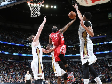 Photos: Rockets at Pelicans 03/25/2015