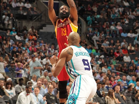 Photos: Rockets at Hornets 04/13/2015