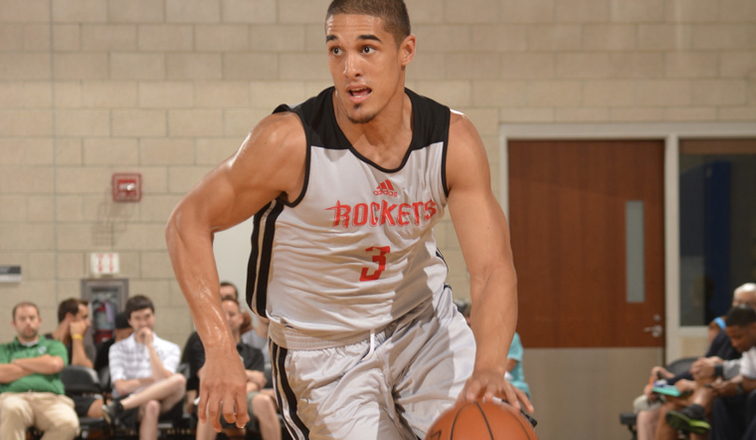 Johnson Dazzles in Summer League Debut