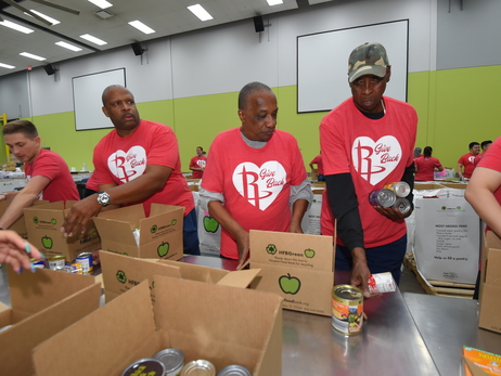 Rockets Alumni & Staff Day Of Service at Houston Food Bank