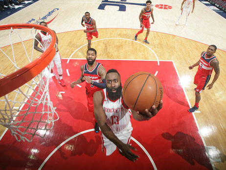 Photo Gallery: Rockets at Wizards 12-29-17
