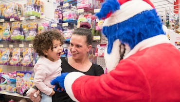 Photos | Best of Season of Giving