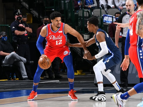 Photos | 76ers @ Mavericks (04.12.21)