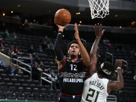 Photos | 76ers @ Bucks (04.22.21)