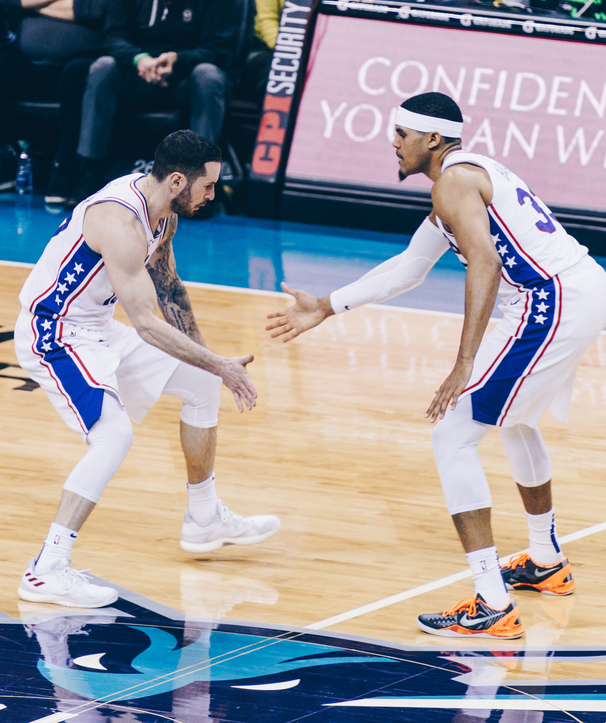 Redick Posts Double-Double in Charlotte