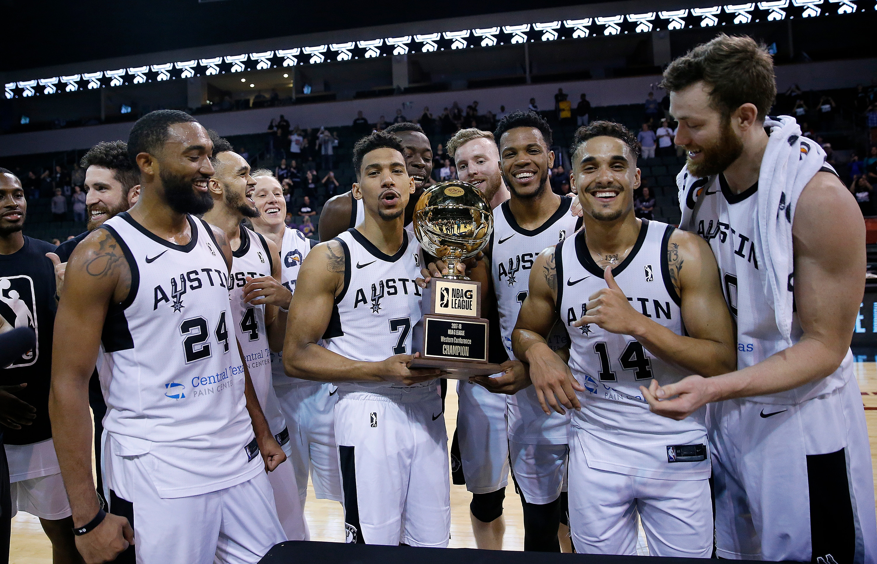 Austin Spurs To Face Raptors 905 in 2018 NBA G League Finals Presented by YouTubeTV | San ...