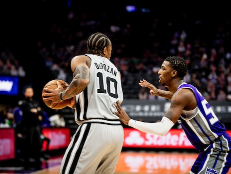 Photos: Spurs vs. Kings 5/7