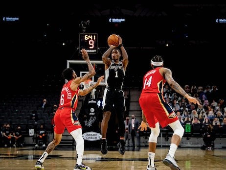 Photos: Spurs vs. Pelicans 2/27