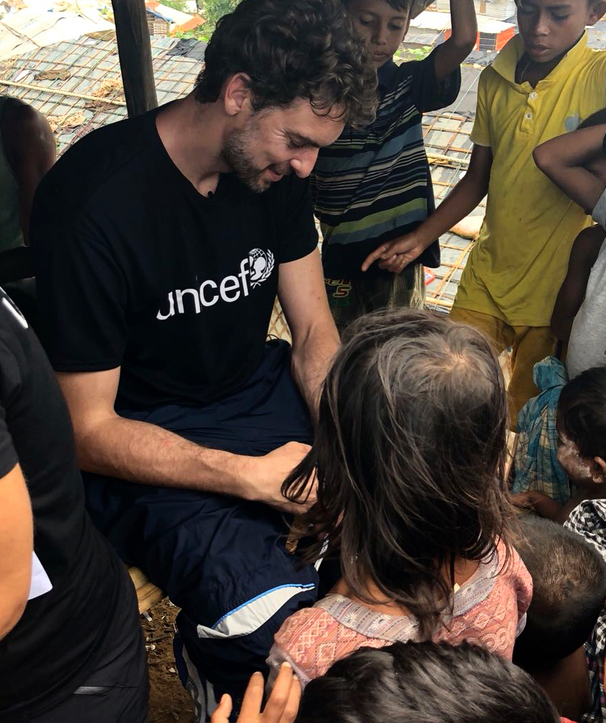 Pau Visiting Refugees in Bangladesh with UNICEF