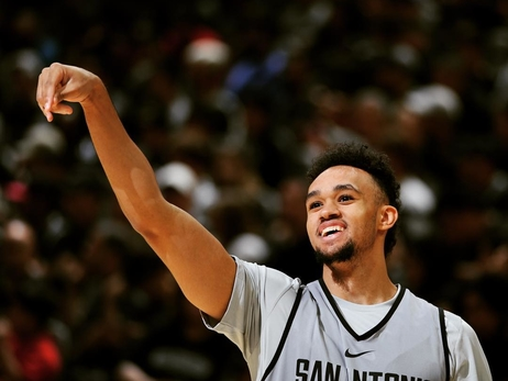 Derrick White Named to USA Men's World Cup Qualifying Team for September Games