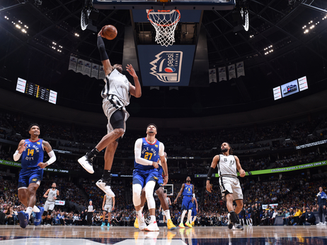 Photos: Spurs vs. Nuggets 4/23