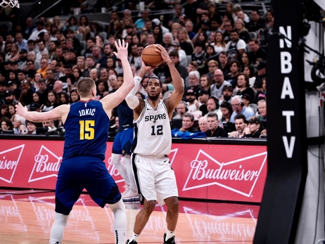 Photos: Spurs vs. Nuggets 4/20