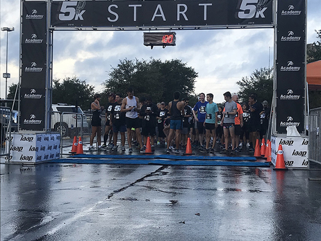 Photos: Spurs 5k