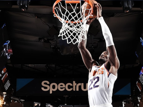 Ayton Notches First '20-20 Game' in Suns Dominant Win vs Knicks