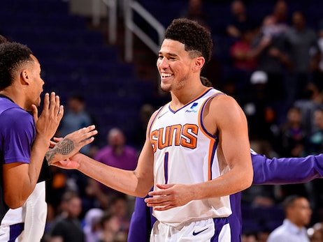 Full Team Effort Guides Suns to Victory Over Cavaliers