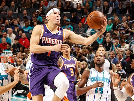 Devin Booker Scores 32 Points in Suns Loss to Hornets