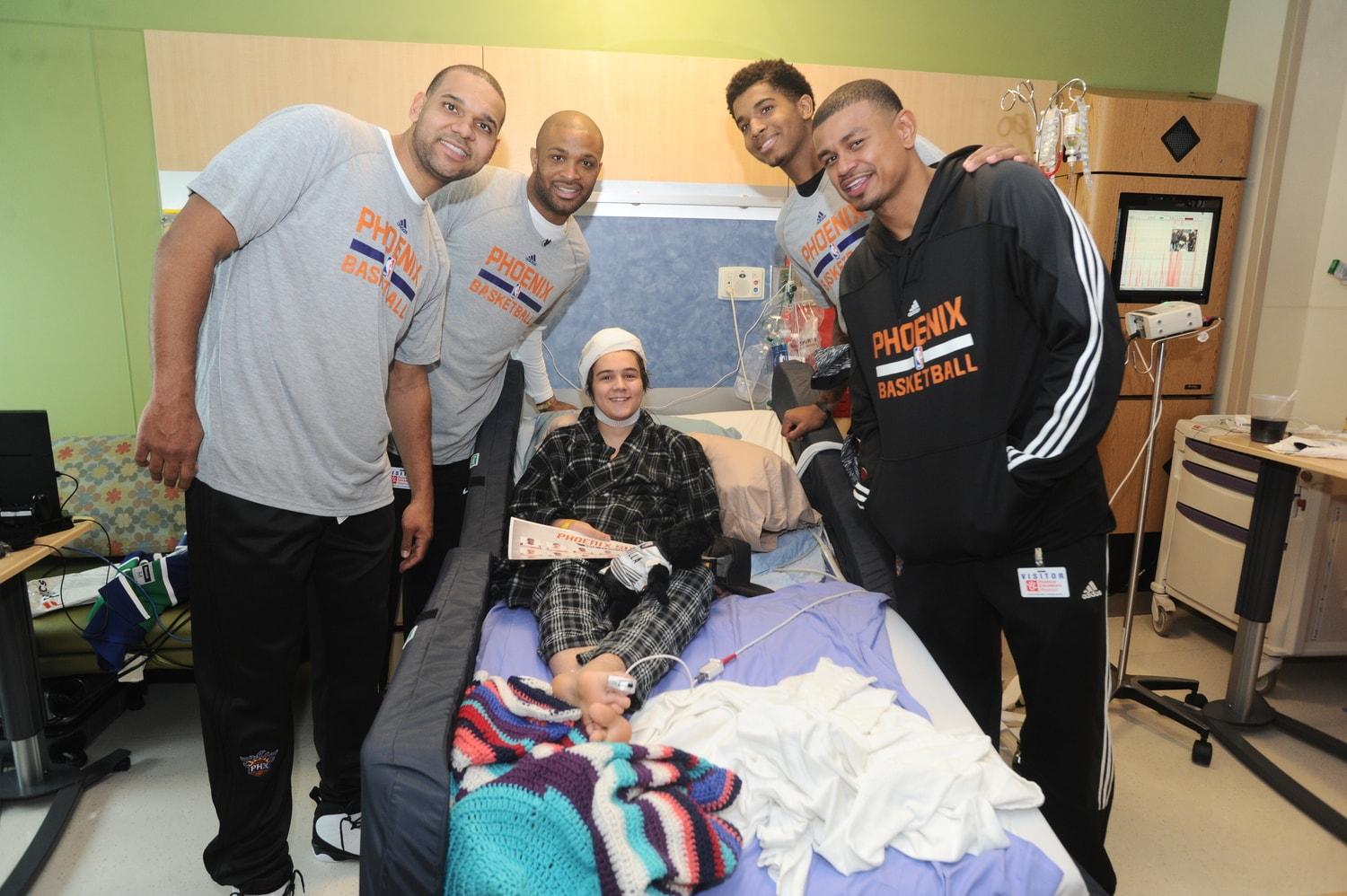 Suns Players at Phoenix Children's Hospital | Phoenix Suns