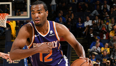 Warren Continues Success Off the Bench in Suns Loss to Warriors