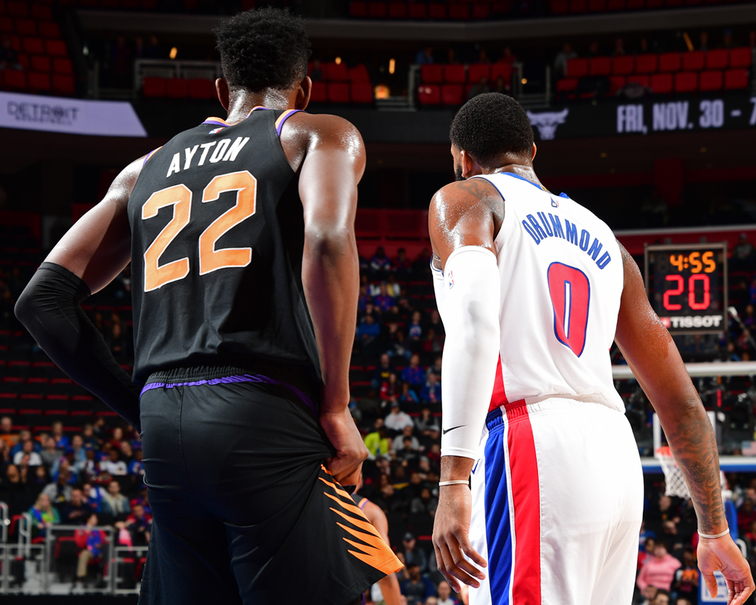 Deandre Ayton and Andre Drummond big man battle