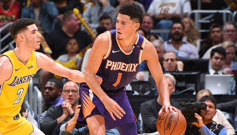 Lakers don't give up the fight, but lose 122-113 to Suns