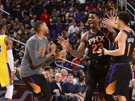 Deandre Ayton Scores 26 Points in Suns Victory Over Lakers