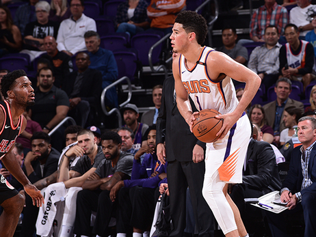 Booker Displays Improved Playmaking Ability vs Heat