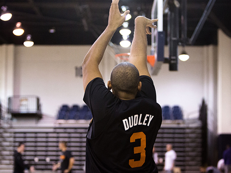Suns Arrive in Flagstaff for Day One of Training Camp