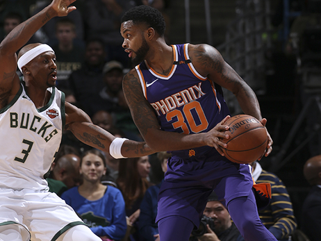 Troy Daniels Breaks Suns Franchise Record vs Bucks