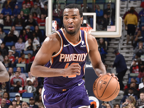 T.J. Warren Scores 25 Points in Suns Loss to Pelicans