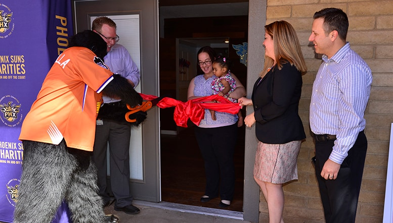 Phoenix Suns Charities Learning Center Innovated by Verizon