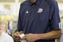 THUNDER: Photo Gallery -- Kevin Durant, Homeland Shopping Sp