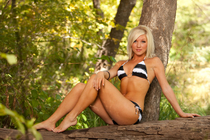 2011-12 Thunder Girls - Marisa