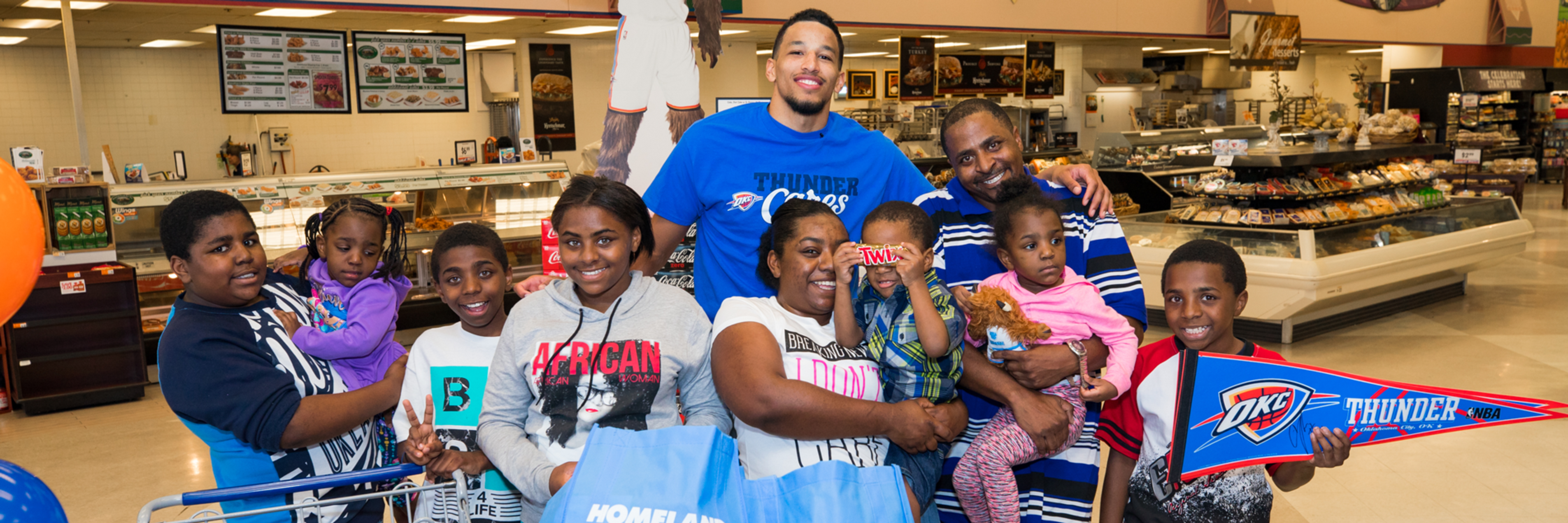 d79d7d46c Roberson delivers big assist hugs for family of nine oklahoma city thunder  png 3810x1270 Andre roberson
