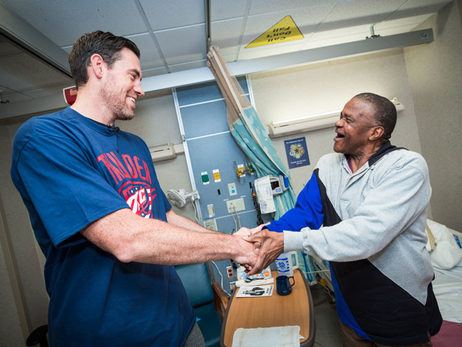 Nick Collison Visits VA Hospital