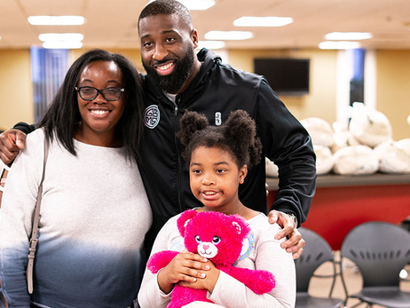 Felton Assists OKC Community