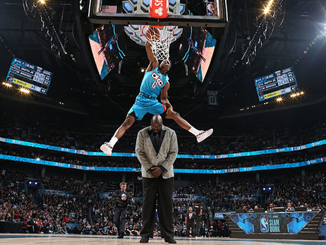 All-Star 2019: Saturday Recap – Media Frenzy, Practice and Dunk Contest CHAMPION